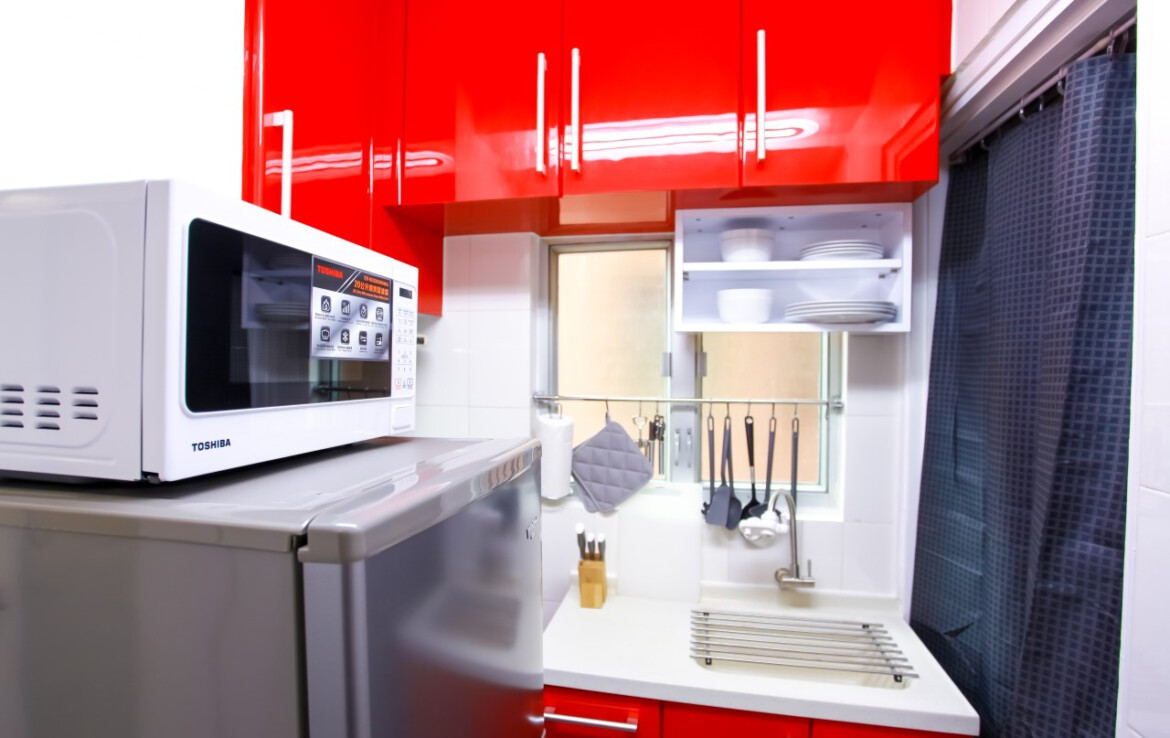Modern kitchen in 2 bedrooms apartment Tin Hau