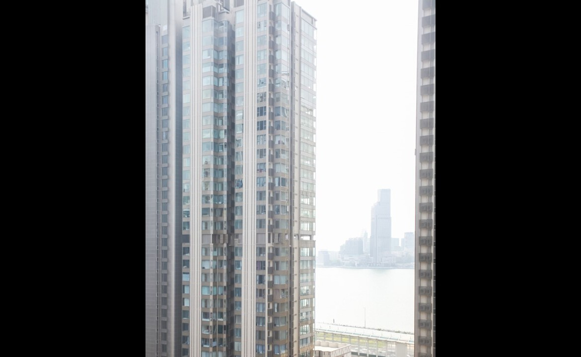 2 bedrooms apartment facing Victoria Harbour in Fortress Hill