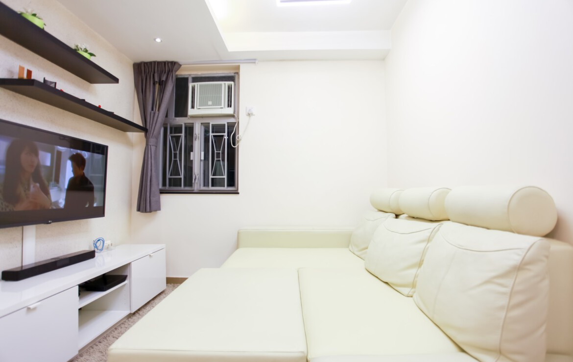 2 bedrooms apartment in Fortress Hill with big Sofa Bed
