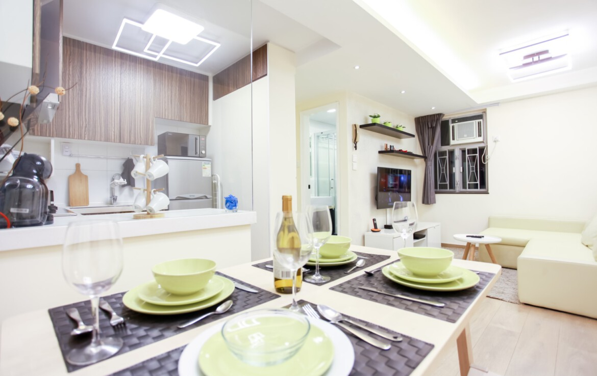 2 bedrooms apartment in Fortress Hill with semi open Kitchen and modern furnishing