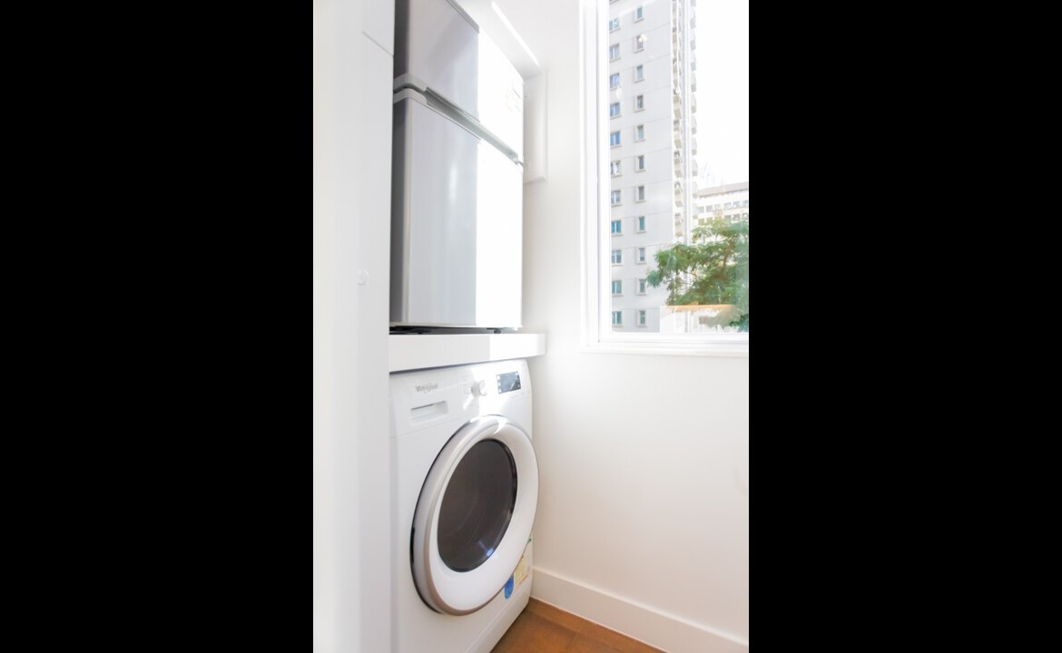 Big Studio serviced apartment in Fortress Hill with washer dryer and Fridge